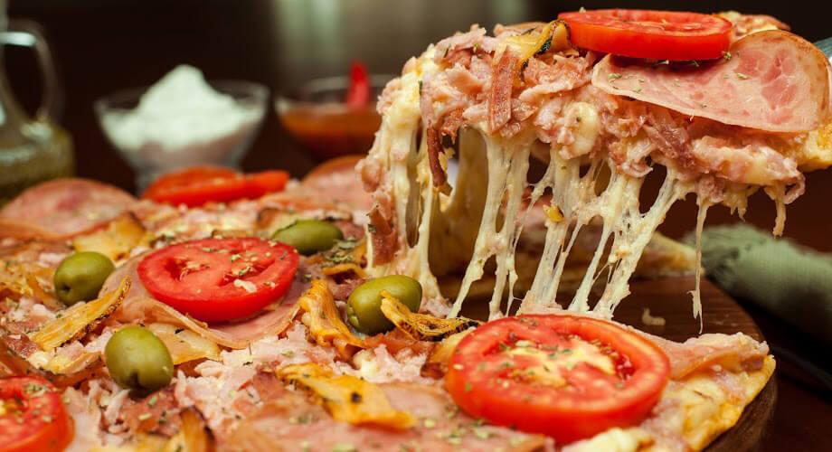 Franquia de pizzaria aproveita bom momento do setor alimentício