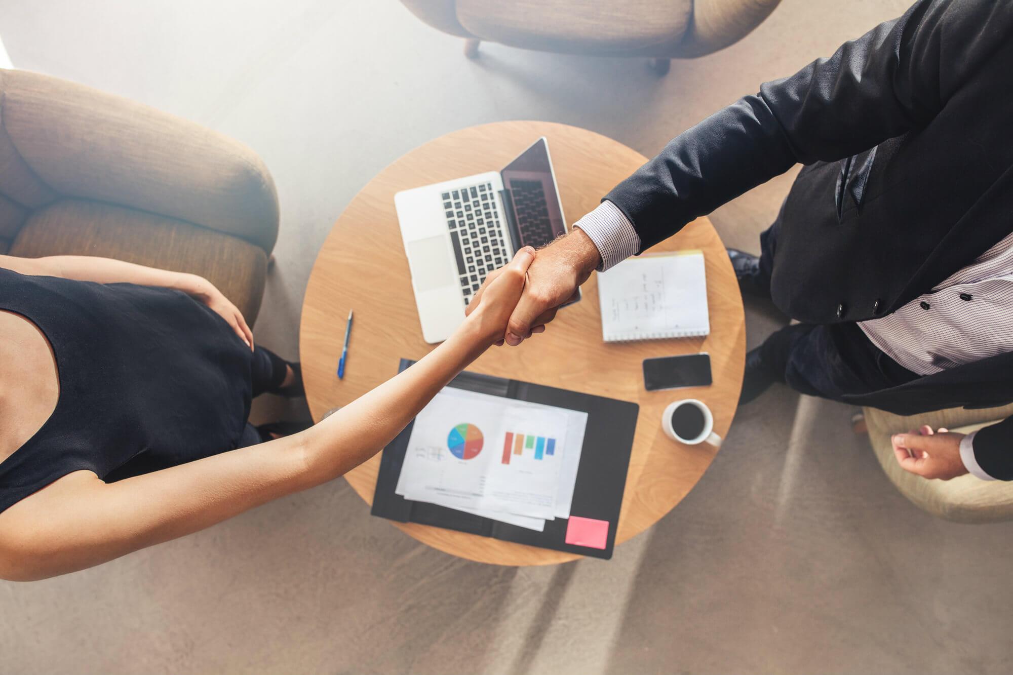 Saiba por que você deve investir em uma franquia como seu primeiro negócio