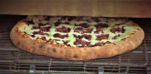 formula pizzaria pizza saindo do forno