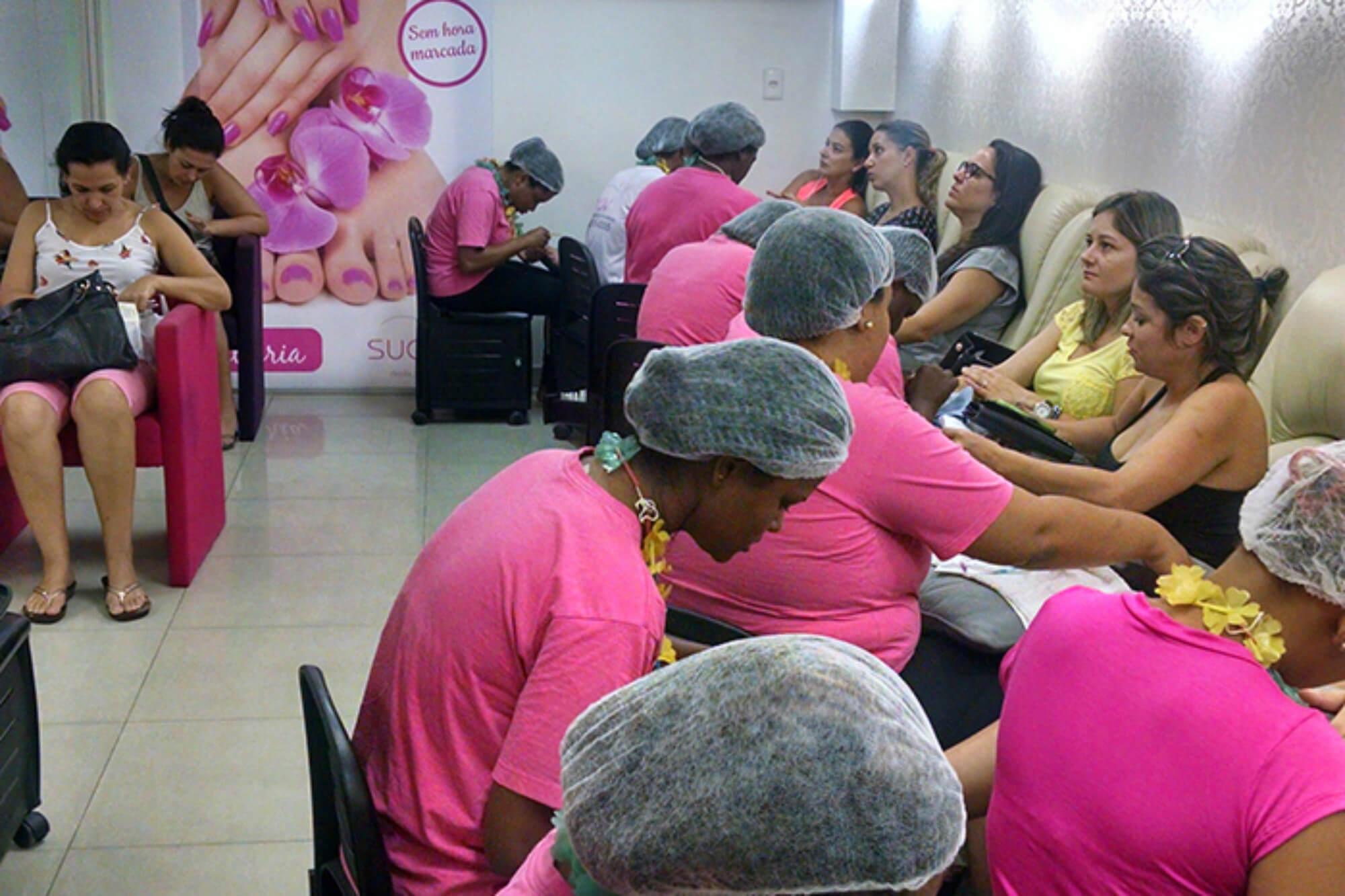 fidelizar clientes no mercado de beleza franquia suav