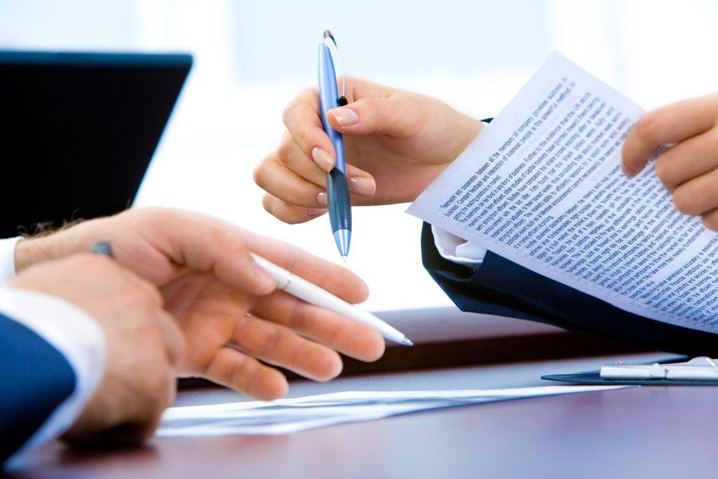 conversa e análise de documentos