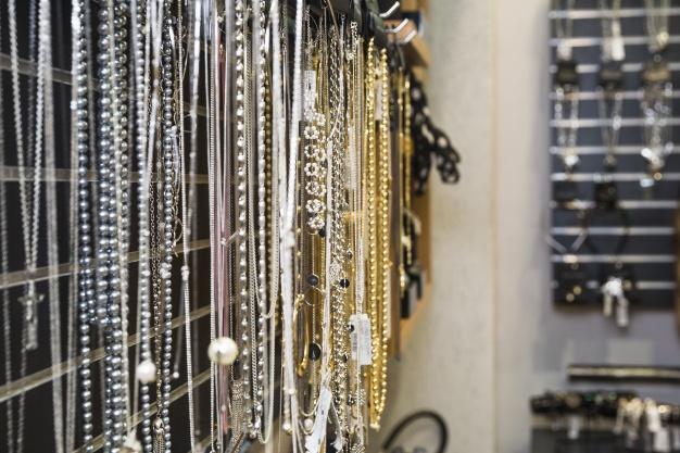 imagem loja franquias de bijuterias