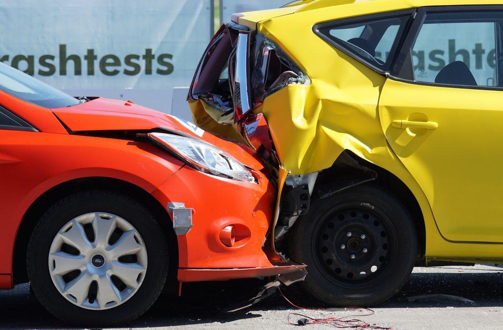 batida de carro imagem ilustrativa franquia de corretora de seguro