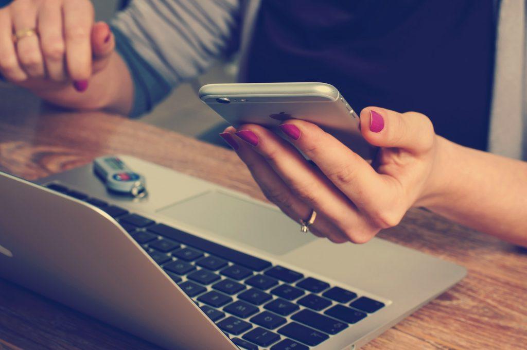 trabalho home office uso smartphone