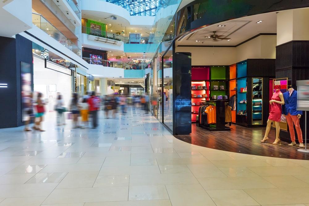 loja de roupas dentro shopping