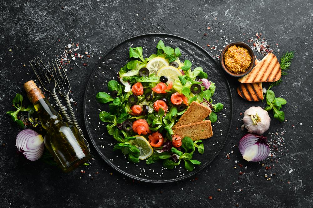 Franquias on-line baratas de alimentação: representação de um prato saudável