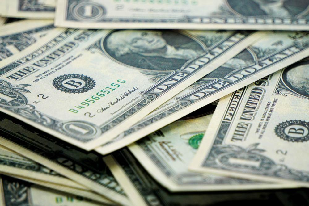 Notas de dólar intercaladas