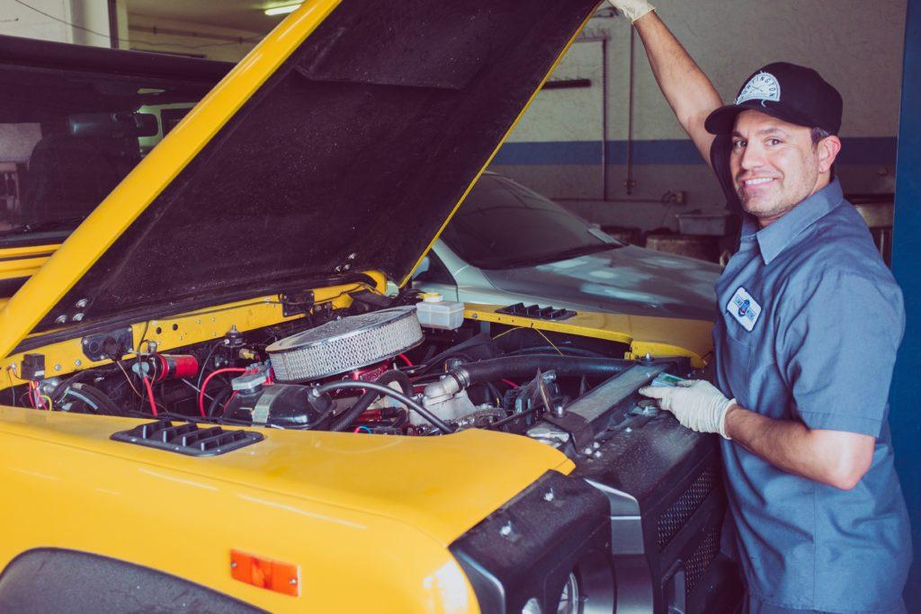 mecânico em oficina franquias de carros