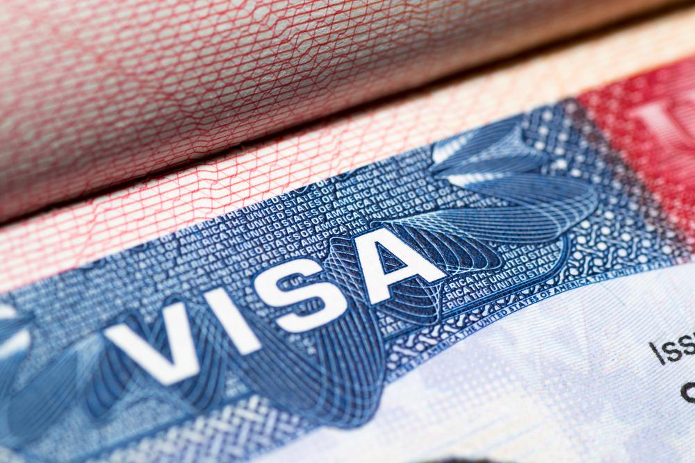 Imagem detalhada do visto para imigrantes