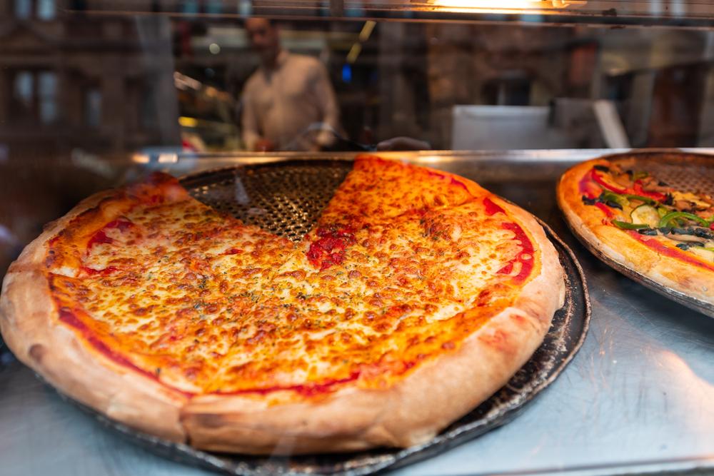 franquias mais procuradas: Imagem de pizza exposta